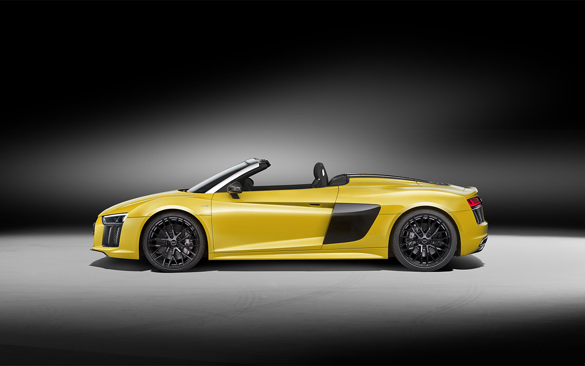 R8 Spyder Lateral fx