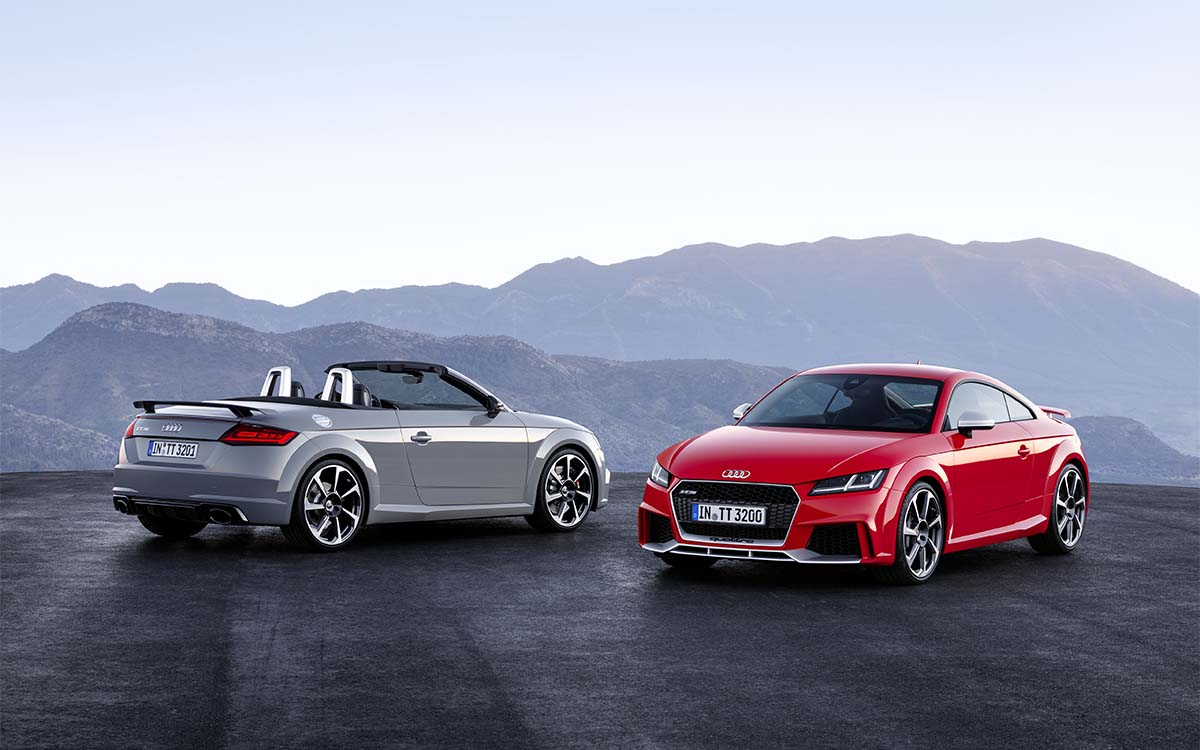 Audi TT RS Coupe y Roadster fx