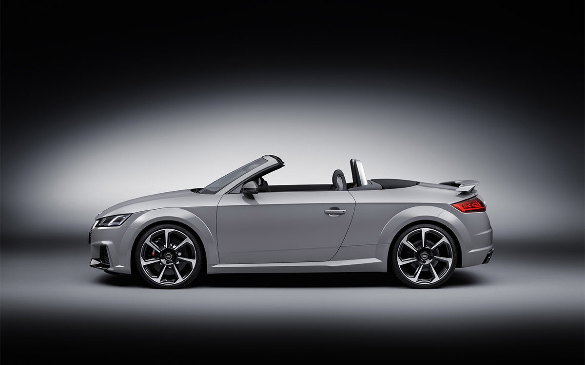 Audi TT RS Roadster Lateral fx