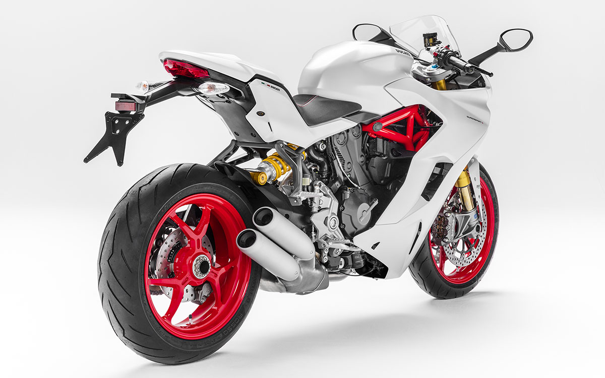 Ducati SuperSport S Trasera fx