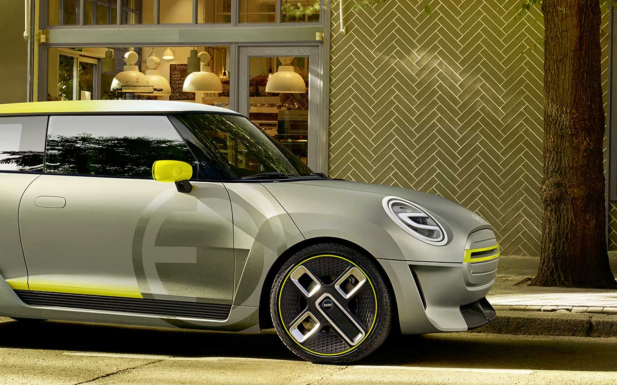 MINI Electric Concept lateral trompa fx