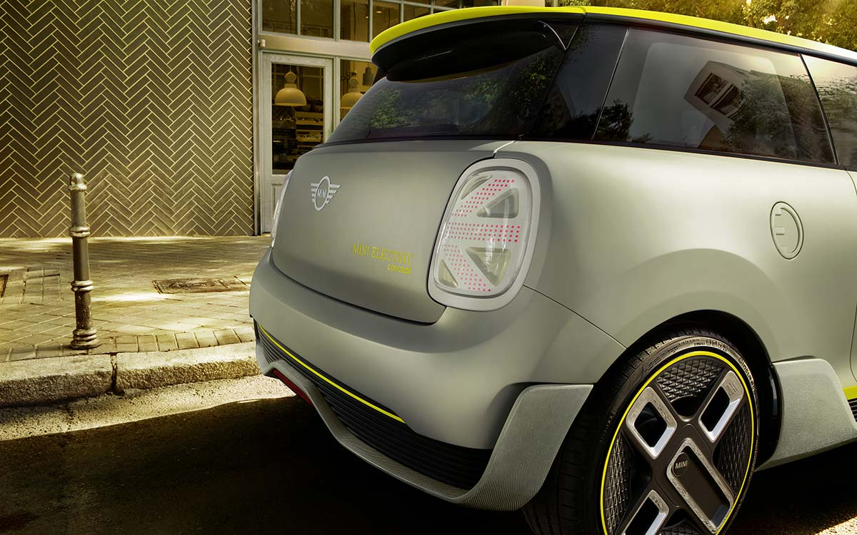 MINI Electric Concept trasera lateral fx