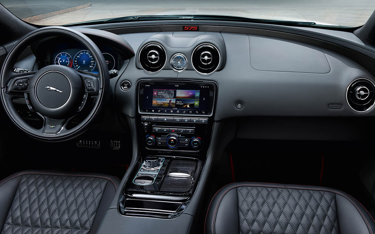 Jaguar XJR575 interior fx