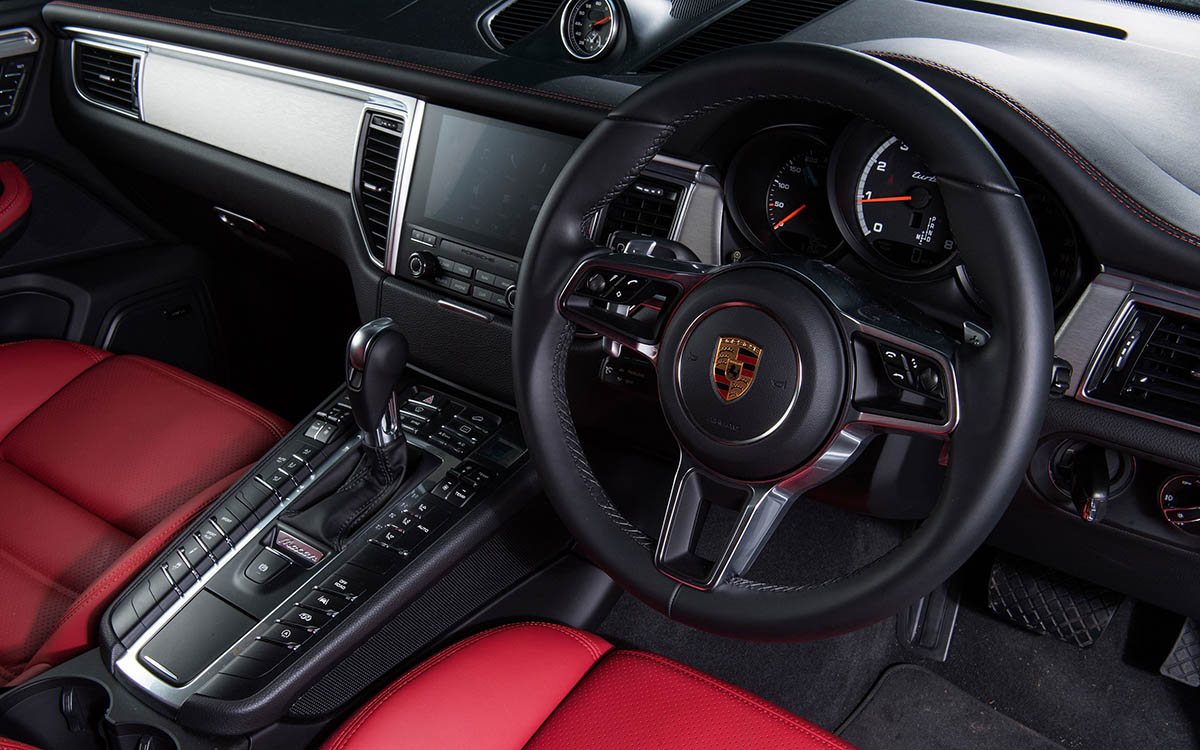 Porsche Macan Turbo Performance Package interior volante fx