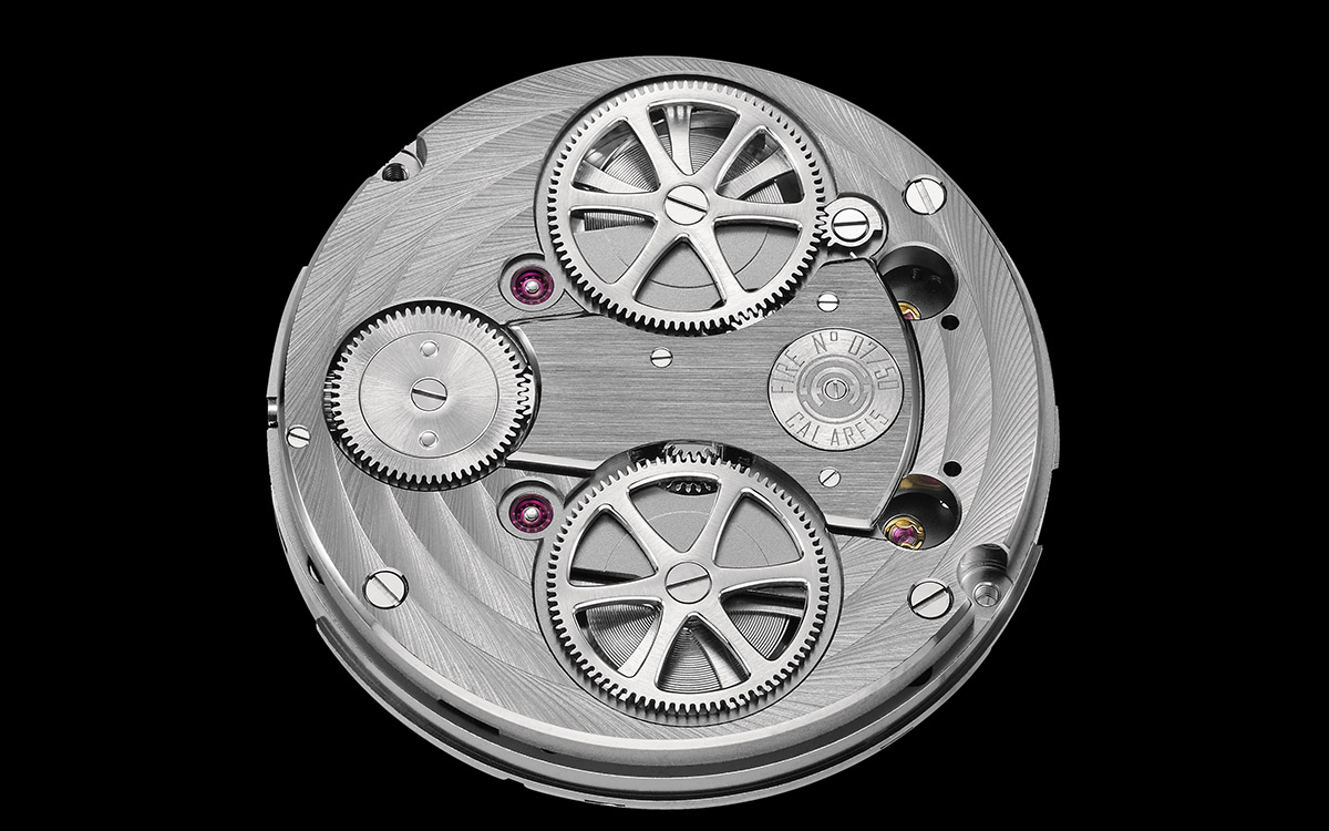 armin strom mirrored froce resonance guilloche dial movimiento reverso fx