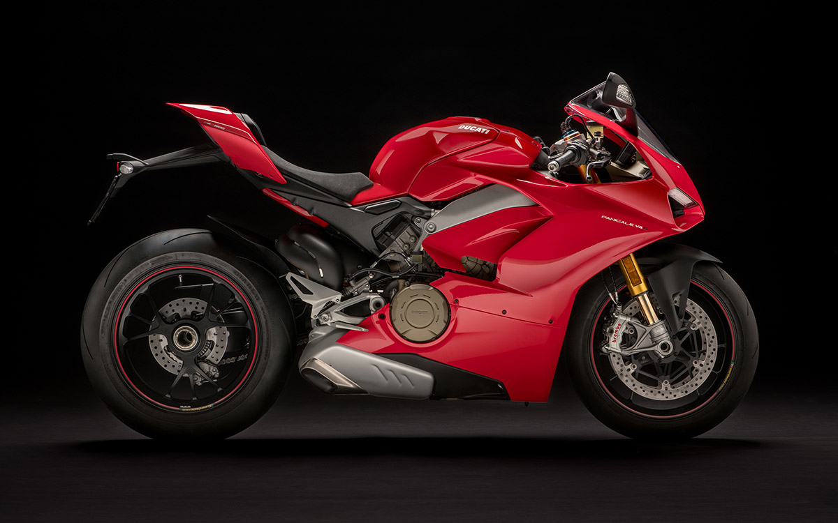 Ducati Panigale V4 S lateral der fx