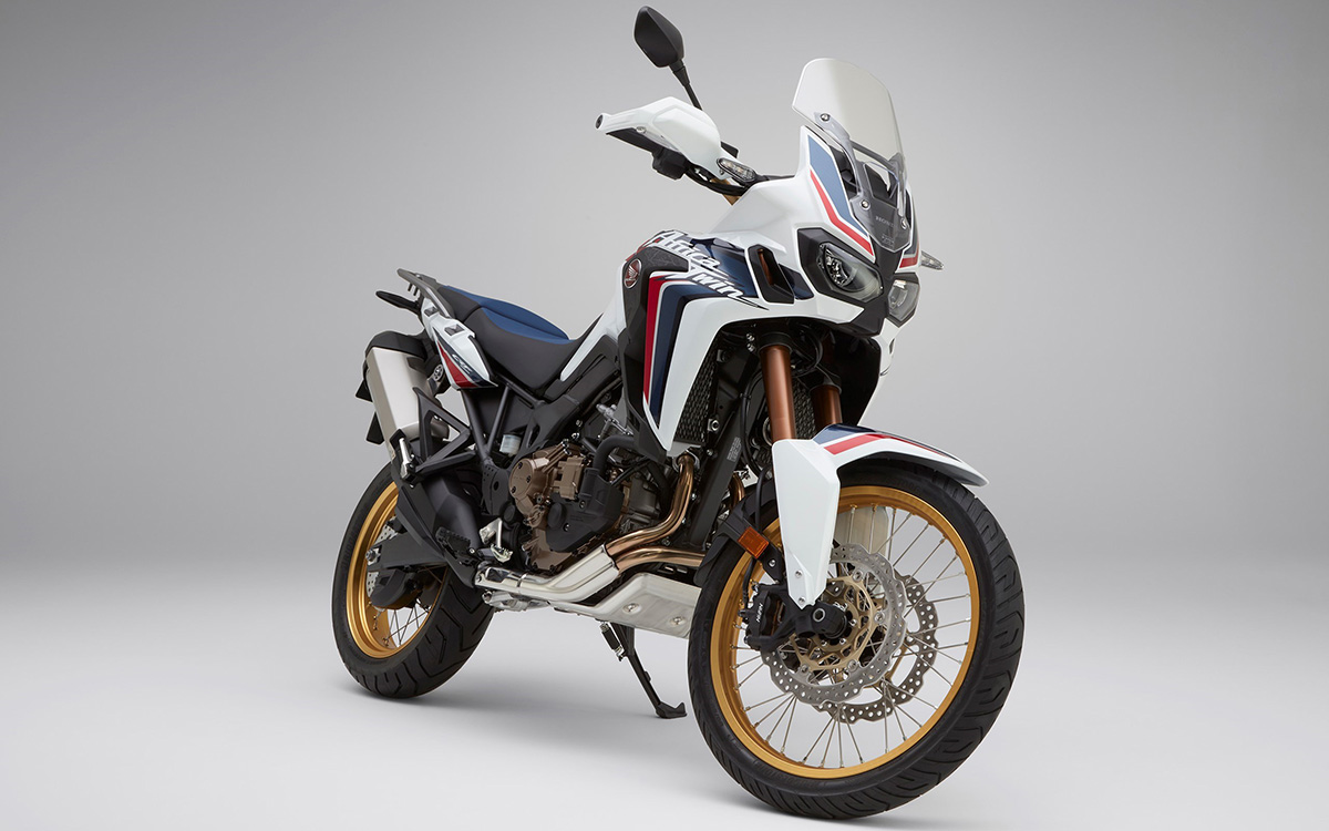 CRF1000L Africa Twin tricolor frente 3 4 fx
