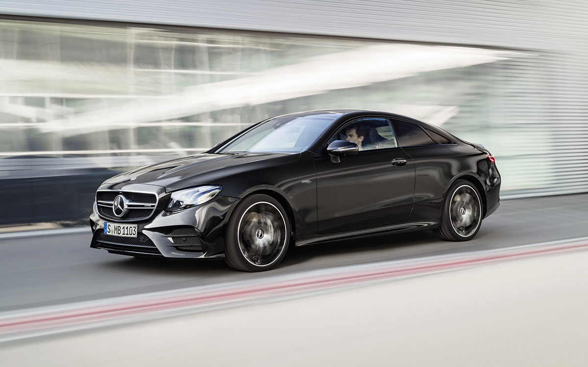Mercedes AMG CLS 53 4MATIC Coupe Plus movimiento fx