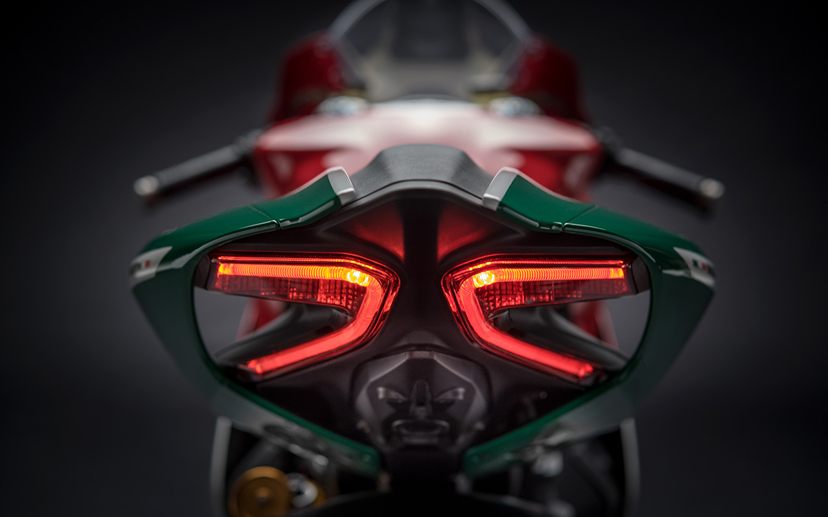 16 1299 Panigale R Final Edition 12 fx