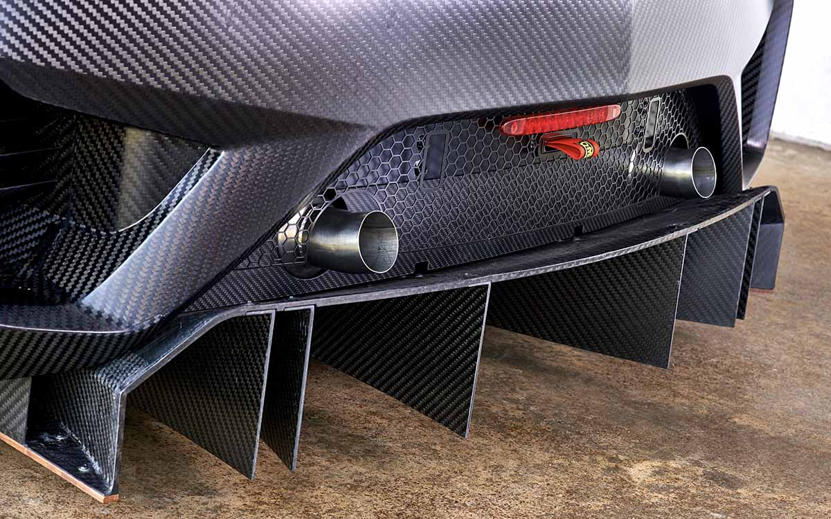 Honda NSX GT3 detalle escapes fx