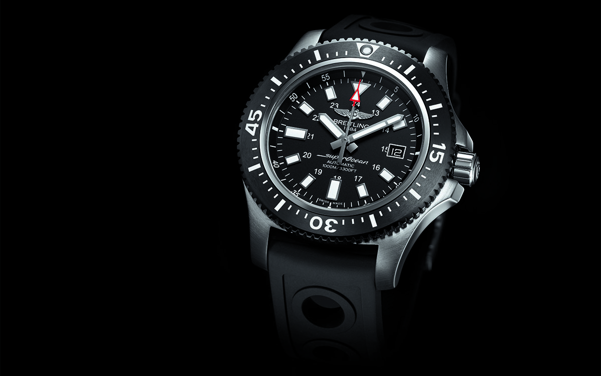Superocean 44 Special black dial frontal fx