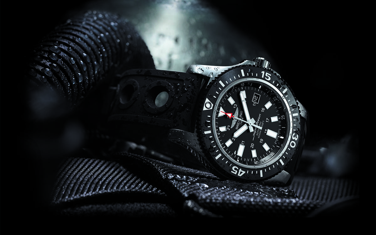 Superocean 44 Special black dial lateral cover fx