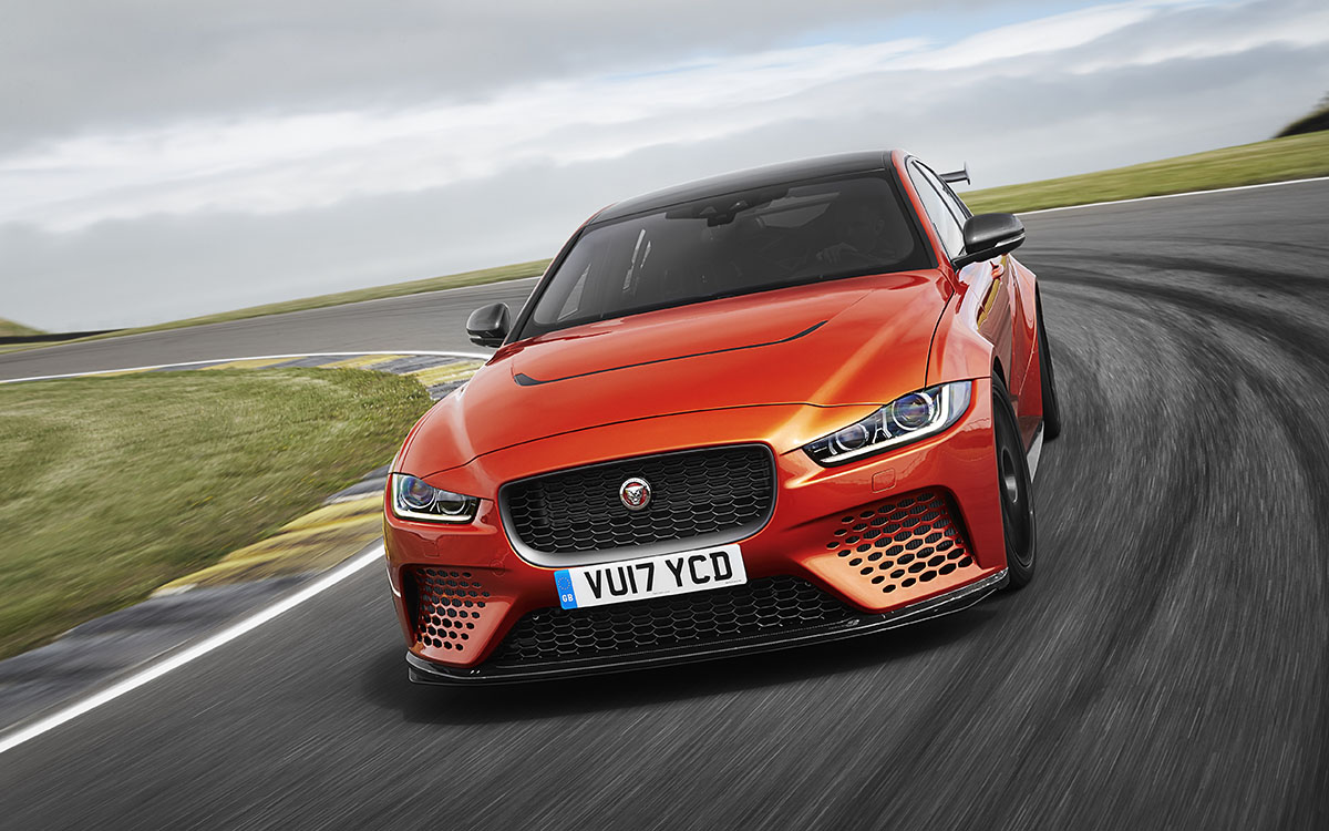 Jaguar XE SV Project 8 Frontal fxx