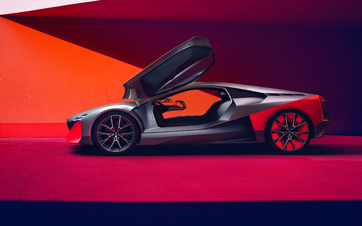 BMW Vision M NEXT lateral puertas fx