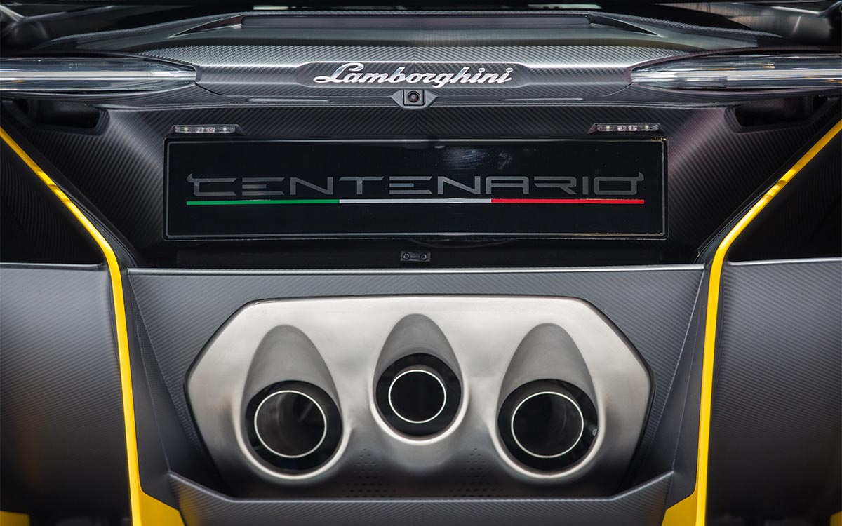 Lamborghini Centenario Escapes fx