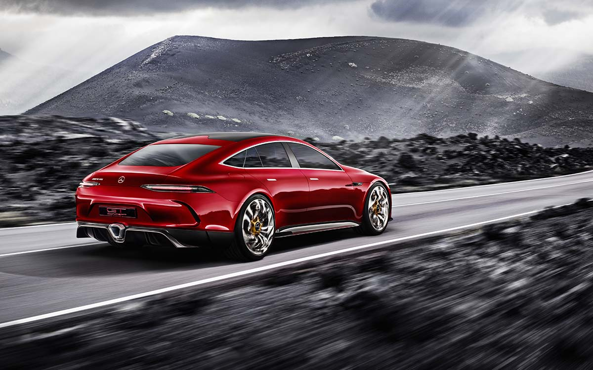 Mercedes AMG GT Concept Lateral Tras Nubes fx