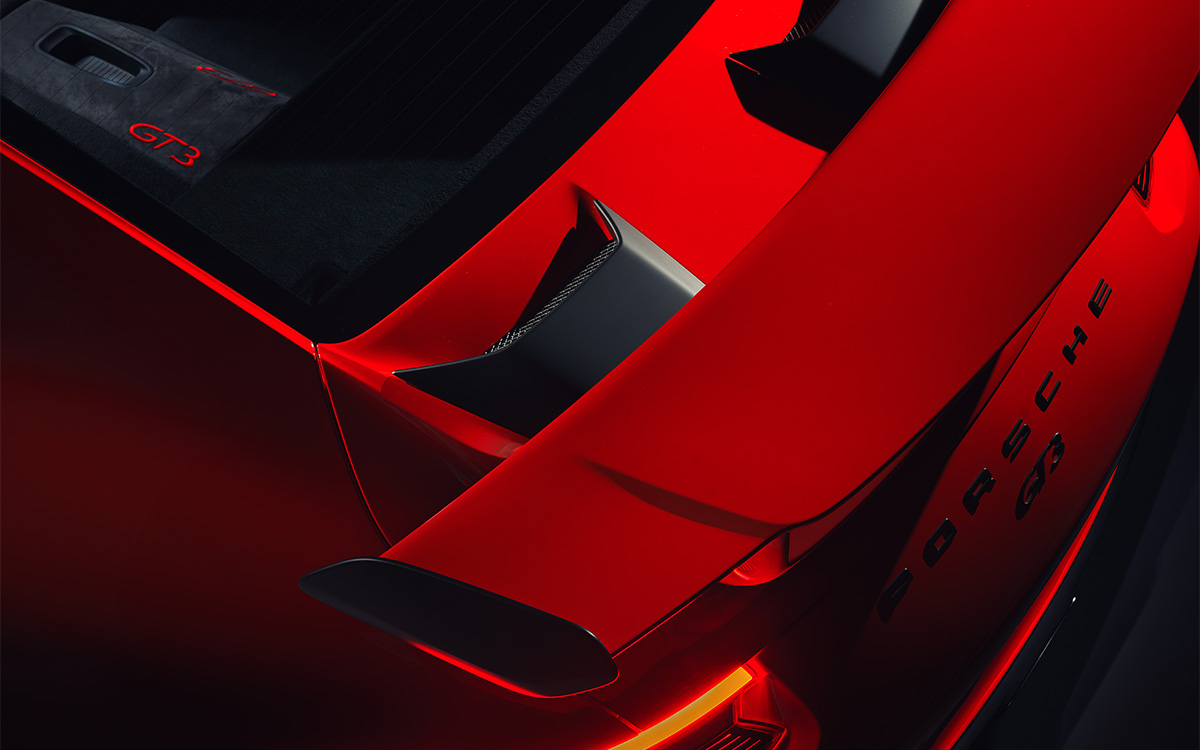 911 GT3 27 Rear Wing Above fx