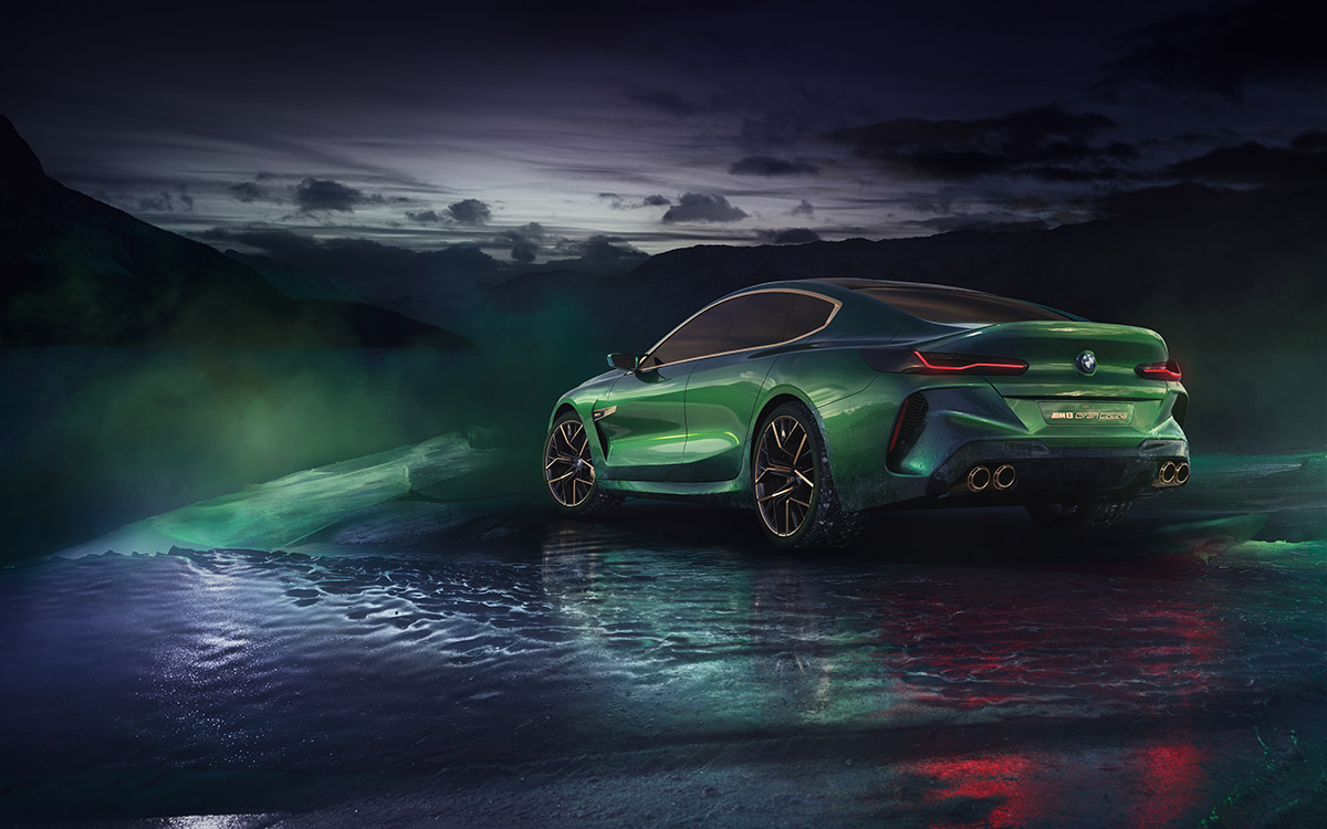 BMW Concept M8 Gran Coupe trasera lateral fx