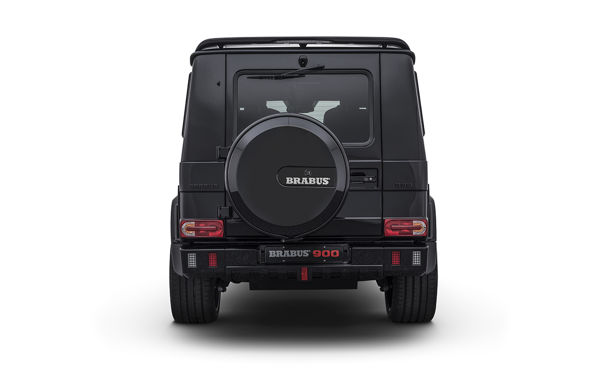 BRABUS 900 One of Ten trasera fx