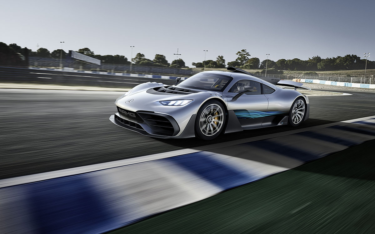 Mercedes AMG Project ONE lateral curva fx