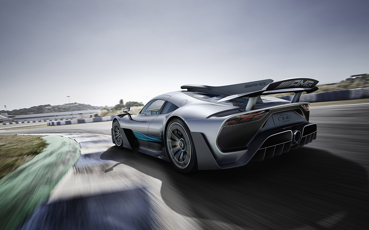 Mercedes AMG Project ONE trasera curva fx