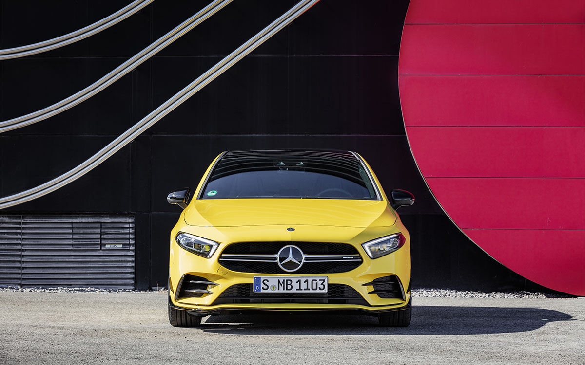 Mercedes AMG A 35 4MATIC frontal fx