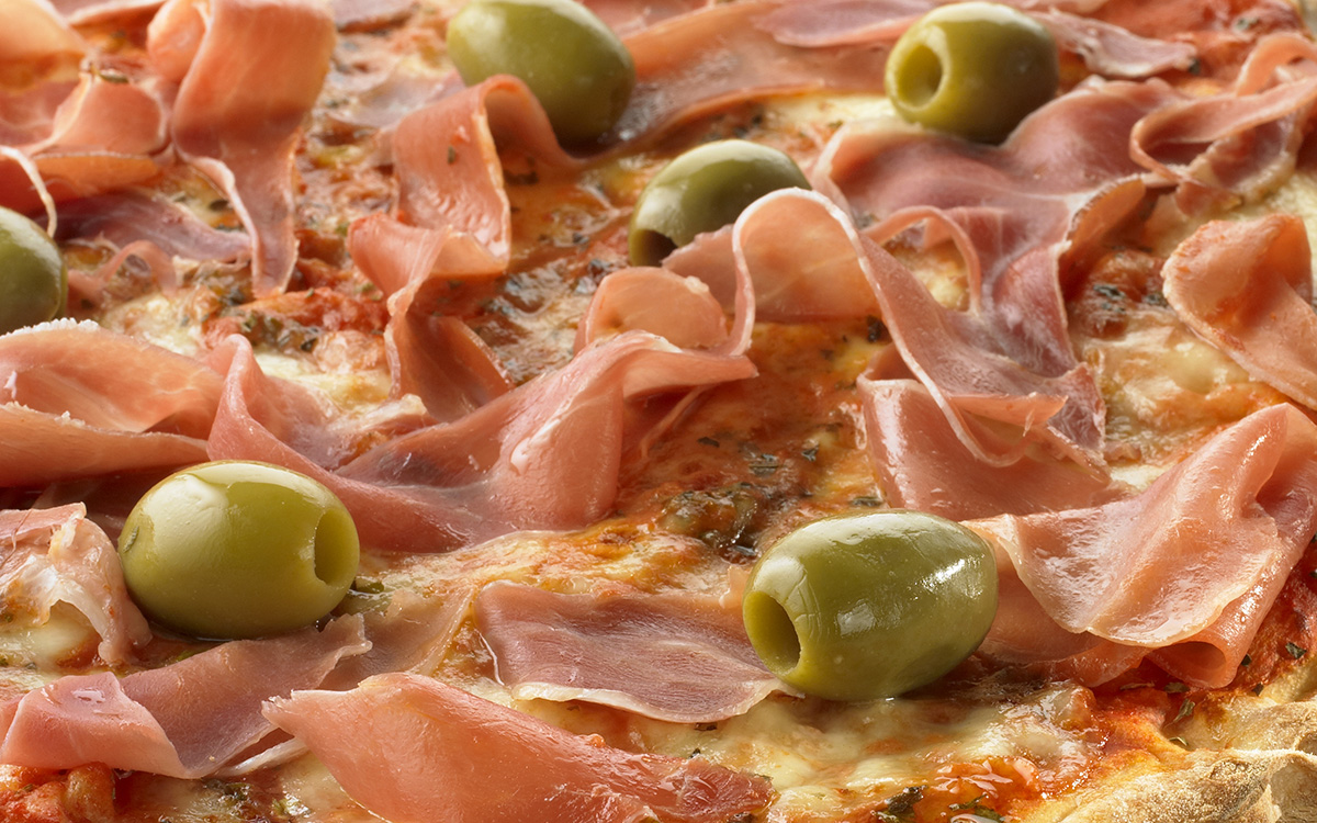 Pizza de jamon crudo