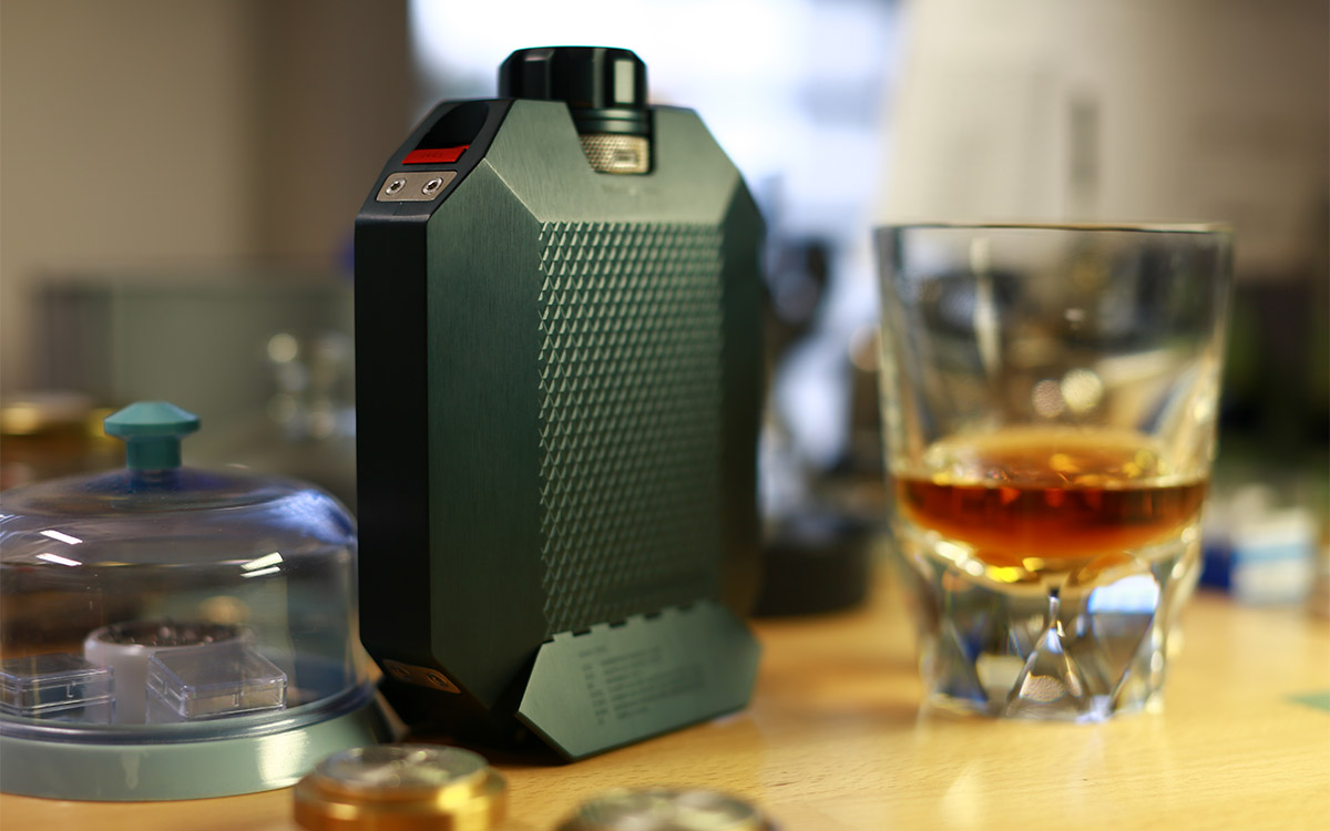Flask 2 by Urwerk & Macallan