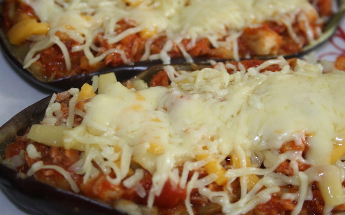 Berenjenas rellenas con jamon y queso