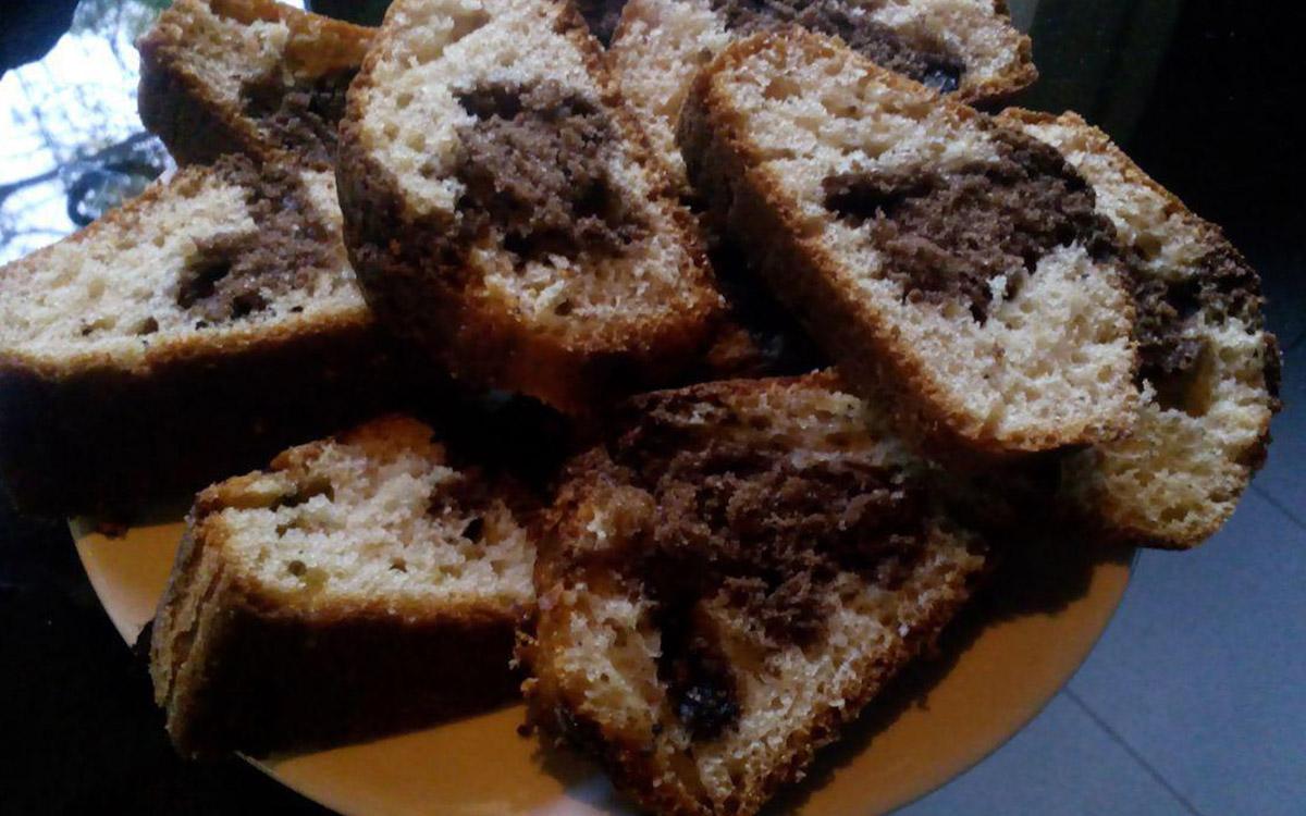 Budin de limon y chocolate marmolado